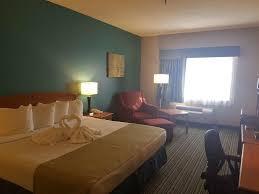 Americas Best Inn And Suites Emporia Hotel Governors Inn Wichita Ks Bookingcom