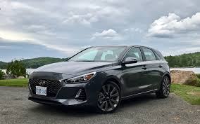 2018 hyundai elantra gt. brilliant elantra 2018 hyundai elantra gt slightly below expectations  picture gallery  photo 2635 the car guide  motoring tv for hyundai elantra gt