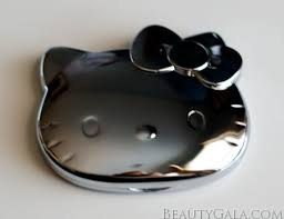 sephora compact mirror. this is a must-have novelty for fans, and even if you are just beauty lover, want chic, delightful compact mirror, most sephora mirror