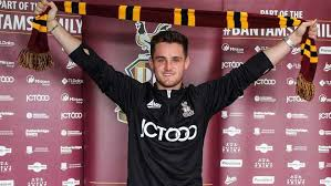Overview of all signed and sold players of club man utd u23 for the current season. Official Bradford Secure Signing Of Man Utd U23 Captain Joe Riley Besoccer