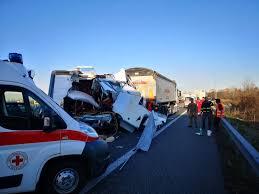 TANGENZIALE TORINO - Spaventoso incidente all'uscita di ...