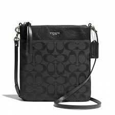 Coach    LEGACY NORTHSOUTH SWINGPACK IN SIGNATURE FABRIC