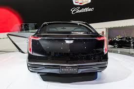 2018 cadillac v series. contemporary 2018 cadillac escala concept 2016 la auto show 006 with 2018 cadillac v series