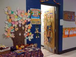 cool college door decorating ideas.  Decorating Door Decorations Linky Party In Cool College Decorating Ideas