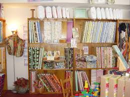 Rose Room Quilts: Myrtle Beach area Quilt Shops - People, Places ... & Our last quilt shop on the trip was People, Places and Quilts. This shop is  located in Charleston, SC. I thought it was only an hour drive from Myrtle,  ... Adamdwight.com