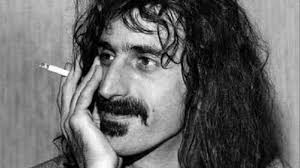 Frank Zappa, el músico que revolucionó conceptos y que dio otro aire al  rock - La Nueva España