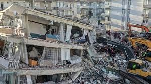 """Beklenen deprem Marmara Bölgesini ekonomik açıdan devre dışı bırakabilir"""""""
