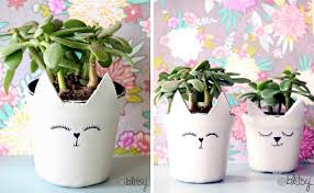 Adorable ceramic plant stand ideas for garden Landscape Cat Planters Cool Crafts 60 Creative Diy Planters Youll Love For Your Home Cool Crafts