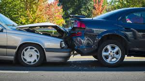 minor car accident. ask lh: should i volunteer my details if witness a minor car accident? accident o