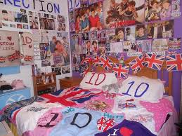 One Direction Wallpaper For Bedroom 17 Best Ideas About One Direction Bedroom On Pinterest One