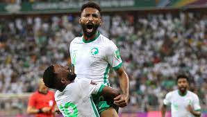 ما هي القنوات الناقلة لمباراة السعودية والصين في تصفيات كأس العالم 2022؟