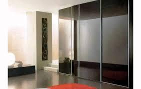 walk in closet pequenos y modernos madera para cuartos modelos diseno dormitorios