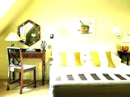 how much does it cost to paint a bedroom cost to paint bedroom average labor cost how much does