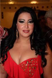سمية الخشاب تتهم أحمد سعد بالشروع في قتلها. هوبارت مذبحة الأعراض فستان سمية الخشاب Gite 64 Com
