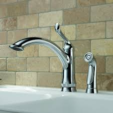Delta Kitchen Faucets Canada Delta Linden Single Handle Deck Mounted Kitchen Faucet With Spray