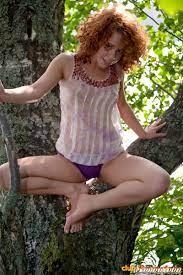 Club Seventeen Melissa A Pretty Deranged Teenage Redhead Hanging Out In A Tree 115152 Good Sex Porn