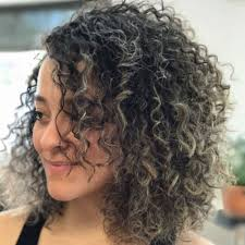 Hairstyles For Frizzy Hair 21 Awesome 24 Curly Bob Hairstyles That Rock In 24