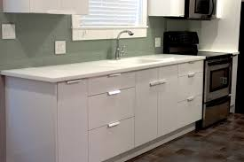 hi macs artic white kitchen countertops with integral sink
