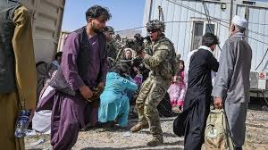 Embassy staff in afghanistan are evacuated to kabul's airport. Cflzhqjh 7mgpm