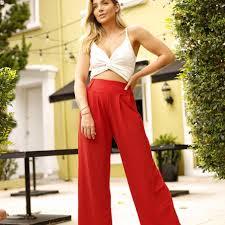 Oliv Moda - Opção mais que perfeita|Cropped Tereza e Saia Luciana ✨ |  Facebook