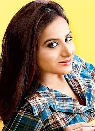 Actress Pooja Gandhi feels that it was suffocating for her in the KJP as she was - article-2295960-18CA10D2000005DC-815_306x423