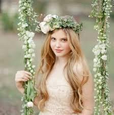 ウエディングドレス 髪型 ダウンスタイルヘアアクセで可愛いヘア