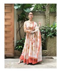 Latest Bollywood Salwar Suit Designs Top 10 Bollywood Celebrity Salwar Kameez Styles 2018 G3