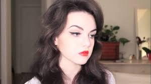 makeup tutorial 1950s inspired cat eye red lips