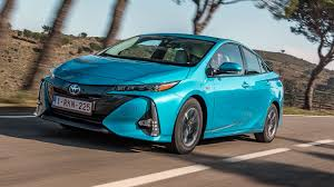 Toyota Prius Plug-in (2017) review by CAR Magazine
