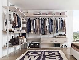 Cabina armadio o stanza guardaroba? ecco il dilemma che tutti