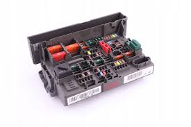 xdalys lt bmw e81 e88 e90 e91 fuse box 9119446 picture of bmw e81 e88 e90 e91 fuse box 9119446