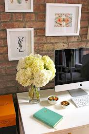 how to decorate office cubicle. Modren How Such A Chic Desk And How To Decorate Office Cubicle