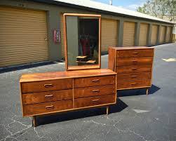 Lane Bedroom Furniture Sold Mid Century Modern Lane Acclaim Bedroom Set Dresser