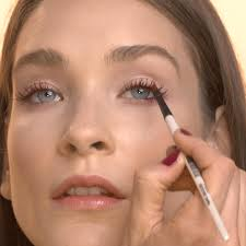 cles velvet lashes is the coolest eye makeup trick you ll learn where can