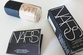 foundation only downside it is just not sanitary and you kind of waste a lot of i dislike the signature black rubber packaging of nars