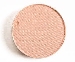 <b>MAC Grain</b> Eyeshadow Review & Swatches