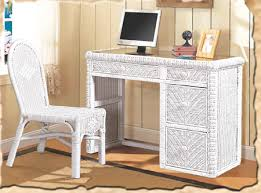 Santa Cruz White Wicker Bedroom Suite by Seawinds Trading B579