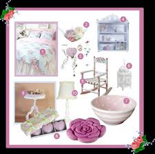 Bedroom Decor Ideas: Shabby Chic Bedroom - Oh So Girly!