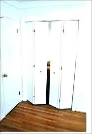 accordion door sizes accordion doors interior wooden accordion doors accordion door home depot closet door full