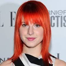you d know her for her bright orange hair oh and that amazing voice but did you know rock hayley williams has a soft spot for makeup