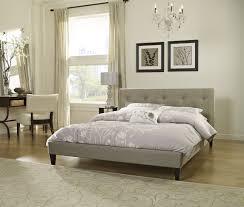 Savannah Bedroom Furniture Savannah Upholstered Platform Bed