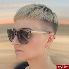 Coupe Courte Femme Moderne 2018 Fashionsneakersclub