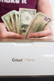 How to Make Money with Your Cricut Machine [2021]