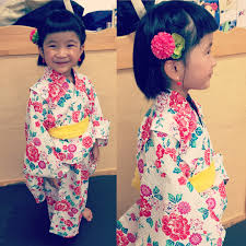 子供に浴衣を着せたときのおすすめヘアアレンジ髪飾り ママリ Mamari