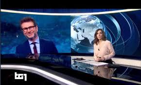 Fabio Fazio in diretta al Tg1 prima di Macron, la frase ...