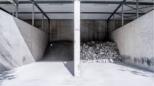 Durch den einsatz von betonpumpen, können selbst komplizierteste bauvorhaben, für sie in kürzester zeit fertiggestellt werden. Schwab Stein Betonwerkstein Produktion
