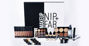 225 exclusive makeup goody box