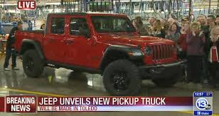 FIRST LOOK: Toledo-built Jeep Gladiator pickup unveiled
