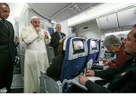 Resultado de imagen para imágen francisco en vuelo rio de janeiro