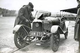 Die Vorkriegsjahre Bei Aston Martin Wie Alles Begann Classic Driver Magazine
